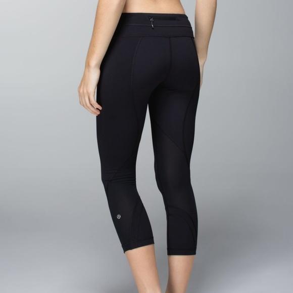 2b5cffd09cdced lululemon athletica Pants - lululemon capri yoga pants mesh inspire crop ii